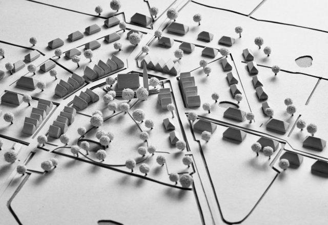 Dorf und Stadt Modell aus Holz und Karton